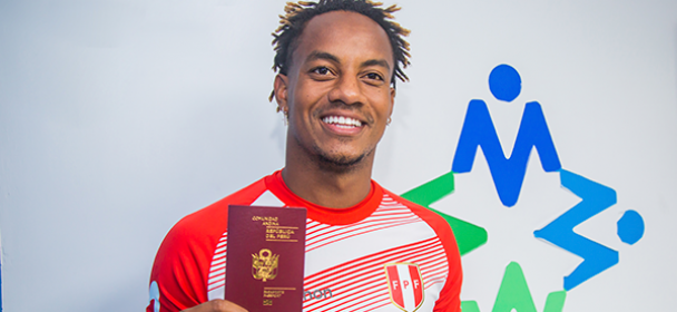 André Carrillo obtuvo su Pasaporte Electrónico y dice que Perú llegará a la final de la Copa América