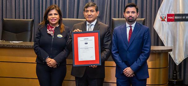 Emisión de Pasaporte Electrónico peruano cumple norma antisoborno