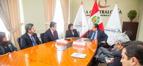 MIGRACIONES y Contraloría firman convenio para intercambiar experiencias en gestión antisoborno